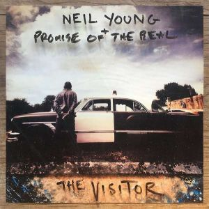 YOUNG NEIL + PROMISE OF THE REAL - The Visitor LP